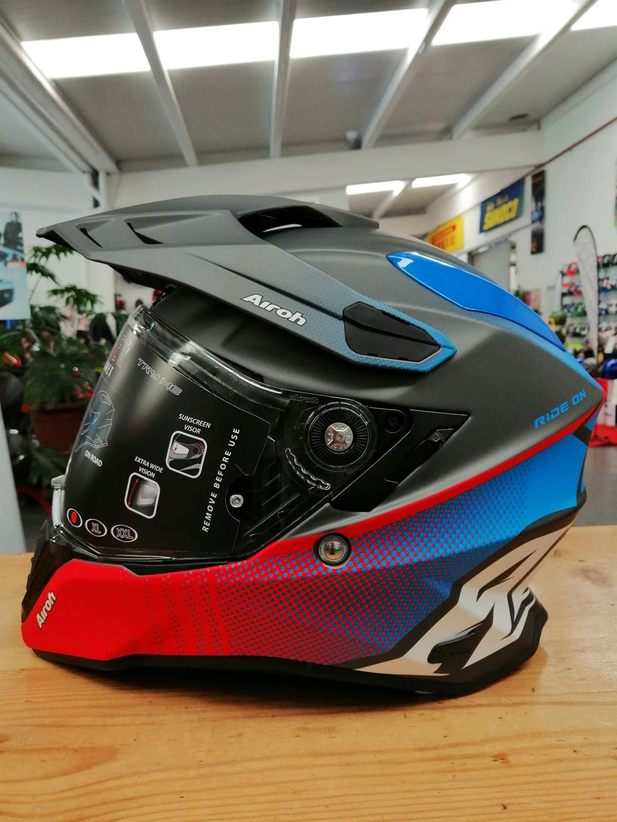 Casco Trail Airoh Commander Progress - Imagen 2